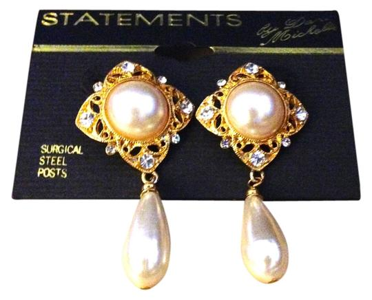 Dan Michelle Vintage Gold Tone Multi Faceted Clear White Diamond-Like Rhinestones Faux Pearls Dangle Post Back Pierced Earrings Designed By Dan Michelle