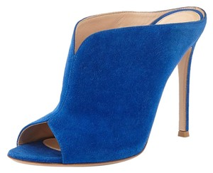 Gianvito Rossi Cobalt Suede Leather Special Heels blue Mules