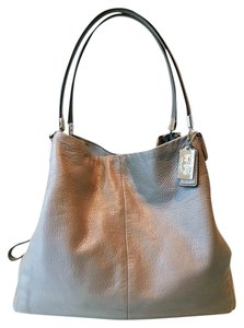 Coach Silvertone Hardware Slouchy Italian Leather Supple Light Lavender Lining Quality Craftsmanship Three Compartments Shoulder Bag
