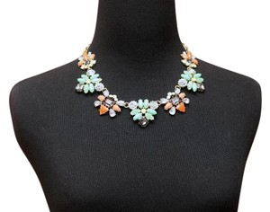 BRAND NEW Colorful Bib Style Gemstone Necklace