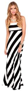 Black & Ivory Maxi Dress by Ceduxion