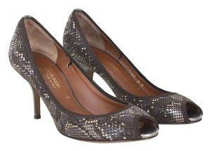 Donald J. Pliner Peep Toe Penny Lane brown Pumps