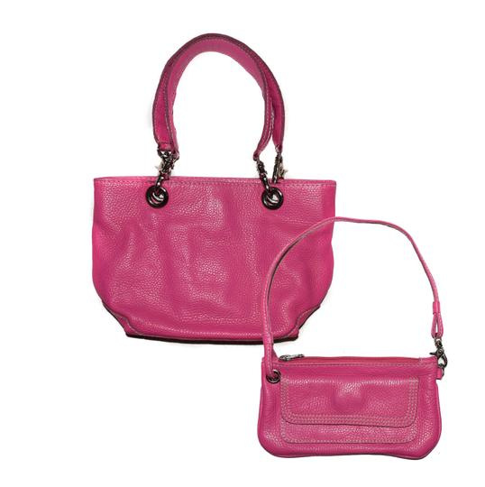 Preload https://item4.tradesy.com/images/bucket-style-purse-with-wristlet-pink-pebbled-leather-shoulder-bag-1615218-0-0.jpg?width=440&height=440
