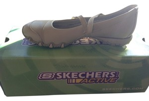 Skechers Sketchers Sneaker Casual Shoe Cream Athletic