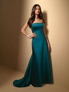 Alfred Angelo Clover Satin 7026 Formal Bridesmaid/Mob Dress Size 12 (L)