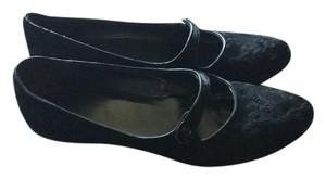 Donald J. Pliner Black Embroidery Flats