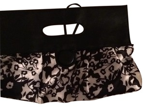 French Atmosphere Black And White Clutch