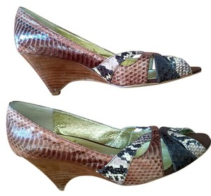Sam Edelman Leather Size 8 Tan and brown snake print Wedges