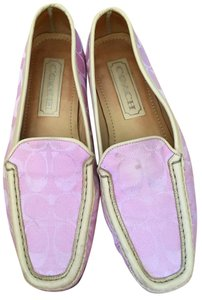 Coach Loafer Elma Signature Pink with tan trim Flats