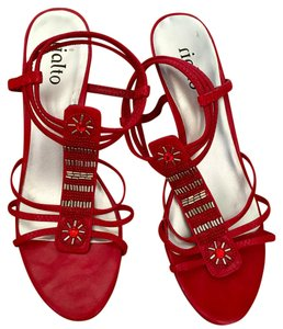 Rialto Size 8 Sexy Red Sandals