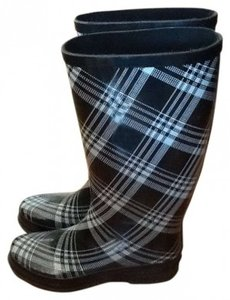 Rampage Black and white plaid Boots