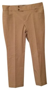 Banana Republic Capri/Cropped Pants Khaki