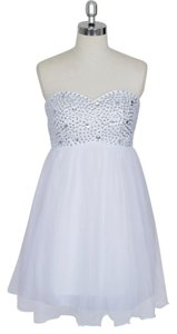 Crystal Beads Bodice Sweetheart Short Chiffon Wedding Dress