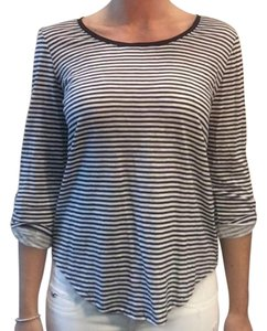 Ann Taylor Striped Casual T Shirt Navy and white