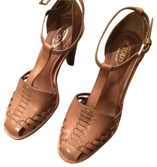 Preload https://item4.tradesy.com/images/tod-s-tan-leather-maria-delvalle-sandals-size-us-7-regular-m-b-1616093-0-0.jpg?width=440&height=440