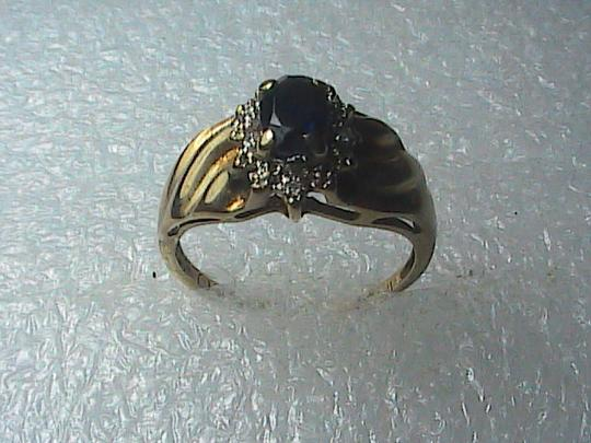 Vintage 10k Yellow Gold .04 cts Diamond .5 cts Sapphire Ring