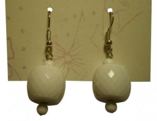 Preload https://img-static.tradesy.com/item/161666/white-dangly-earrings-0-0-540-540.jpg