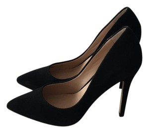 Neiman Marcus Black Pumps
