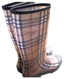 Burberry Beige check Boots