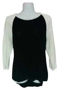 Style & Co Knit Neck 3/4 Sleeve Top Black & white