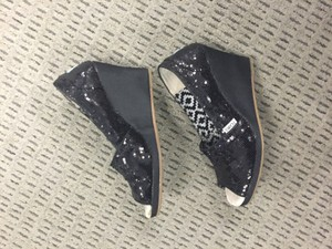 TOMS Black with Sequins Women's Wedges Size US 6.5 Wide (C, D)