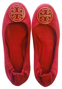 Tory Burch Red, gold Flats