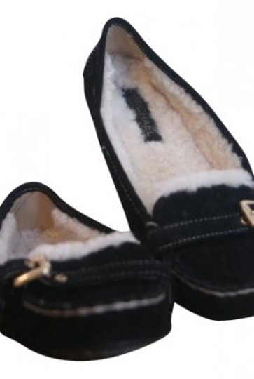 Preload https://item4.tradesy.com/images/michael-kors-black-name-the-marie-style-mk50234-flats-size-us-75-16173-0-0.jpg?width=440&height=440