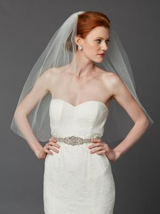 Mariell Classic Waist Or Elbow Length Single Layer Cut Edge Wedding Veil 4433v-30-i