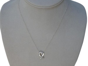 Tiffany & Co. Tiffany & Co. Sterling Silver Paloma Picasso medium Loving Heart Necklace 16