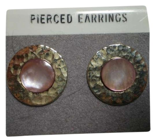 Other Like new goldtone & abalone pearl earrings
