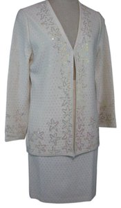 St. John St. John Evening Ivory Knit Skirt Suit Size 8 Opal Shimmer Cardigan Jacket NWT