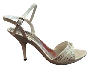 Sweetie's Shoes White Formal