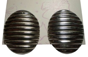 Other Silvertone ridged oval earrings