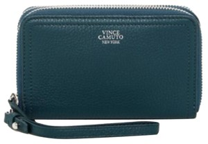 Vince Camuto Wristlet in Blue