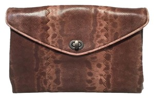 Bottega Veneta Lizard Lizard Lizard Leather brown Clutch