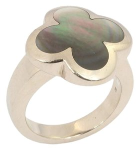 Van Cleef & Arpels Gray Mother of Pearl Alhambra Ring