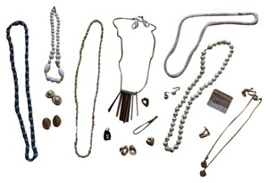 Huge Lot Of Nice Vintage Jewelry