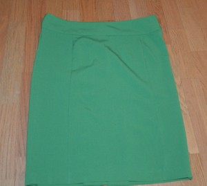 New York & Company Skirt GREEN
