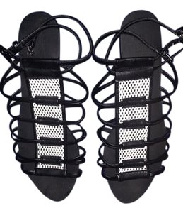 JustFab Black and white Sandals
