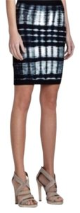 BCBGMAXAZRIA Night Out Date Night Work Fitted Classic Mini Skirt
