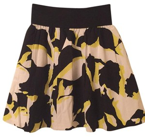 Express Skirt Black white yellow