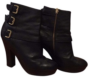 Juicy Couture Black leather Boots