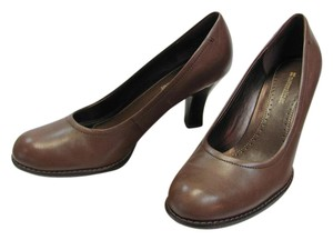 Naturalizer Size 8.50 M Leather Brown Pumps