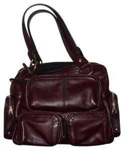 Tod's Leather Tods Designer Tote in Burgandy