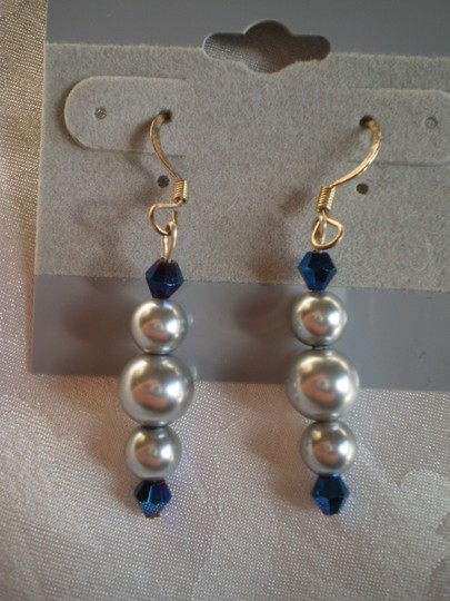 Other New Silver & sapphire blue beads earrings