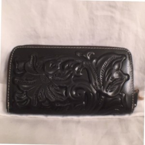Patricia Nash Designs Leather Tooled Leather New/nwrt Black Clutch