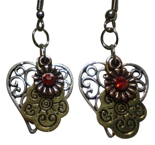 Preload https://item3.tradesy.com/images/new-charms-earrings-162002-0-0.jpg?width=440&height=440