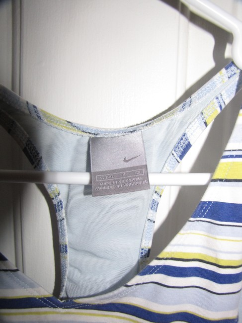 Nike Light Blue with Yellow Blue and White Stripes Activewear Top Size 4 (S, 27) Nike Light Blue with Yellow Blue and White Stripes Activewear Top Size 4 (S, 27) Image 3