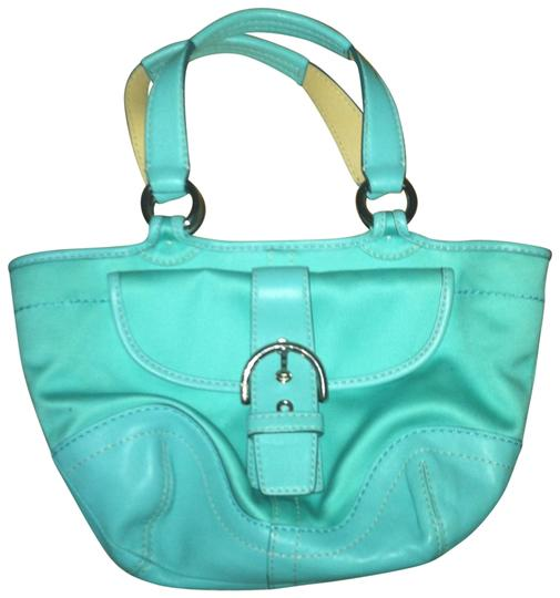 Preload https://item5.tradesy.com/images/coach-turqouise-tote-162024-0-0.jpg?width=440&height=440