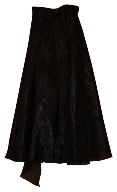 Preload https://item4.tradesy.com/images/js-collections-black-formal-dress-size-8-m-1620798-0-0.jpg?width=400&height=650